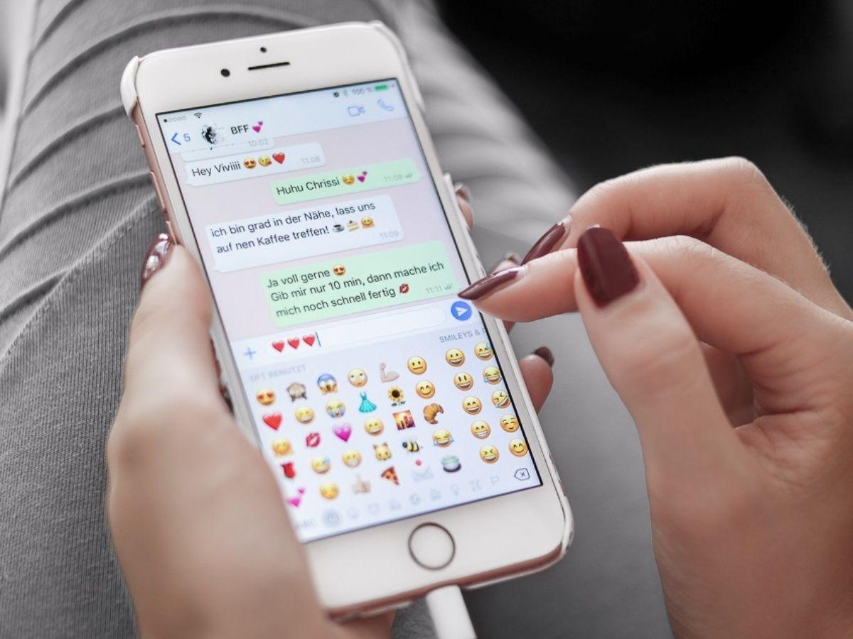 """El truco """"anti jefe"""" de WhatsApp para poder desconectarte en serio durante tus vacaciones"""