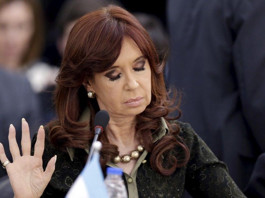 Se postergó el inicio del primer juicio oral contra CFK